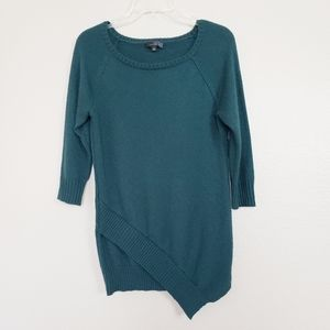 THE LIMITED Asymmetrical Hem Crew Neck Sweater XS